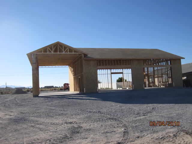 Rv garage shadow mountain construction for Garage built homes